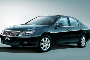 比亚迪F6 2009款 2.0L 手动 新财富版尊贵型GS-i