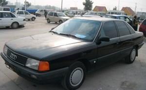奥迪100 1992款 2.0L 手动 化油器